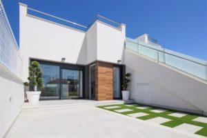 Olivar de Roda Golf, 2 soveroms Villa med takterrasse, jacuzzi og havsutsikt ved Roda Golfbane
