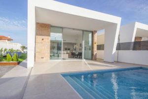 Gold Villas, 3 soveroms villa på ett plan i Torrevieja