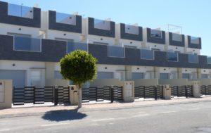 Pinada Margove, 3 soveroms rekkehus nær stranden i Pueblo Latino - Torre de la Horadada