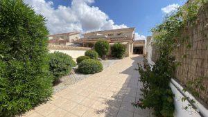 Res. Zapata Golf, 3 soveroms duplex villa med takterrasse i Los Dolses